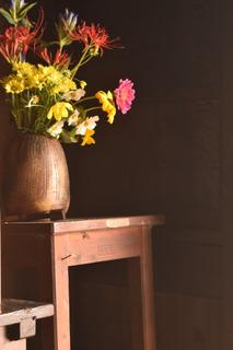 旧三宅家の花